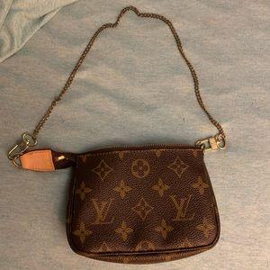Louis Vuitton mini pochette purse